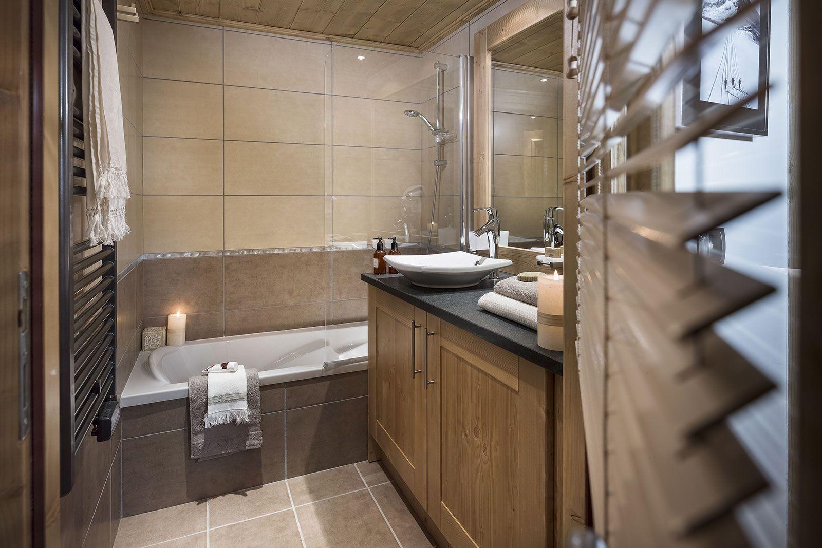 Bathroom atmosphere - Chalets Séléna - Les Gets