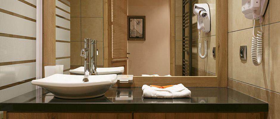 The bathroom of the apartment - Le Napoléon in Montgenèvre