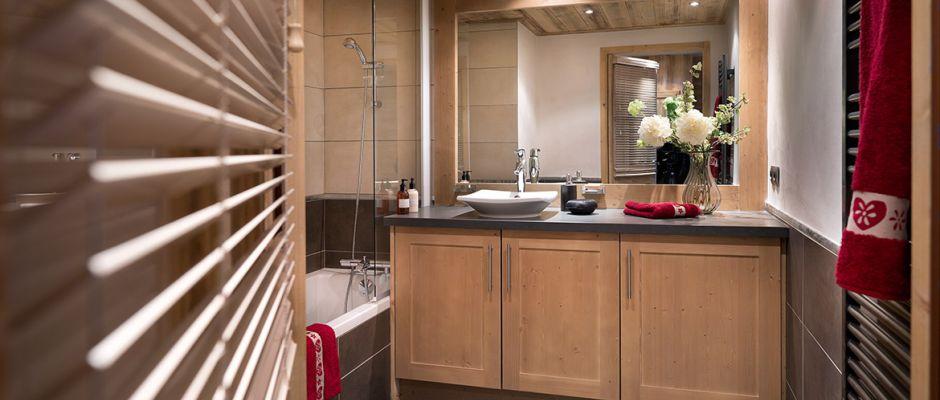 The bathroom of the apartment - La Perle des Alpes in Les Saisies